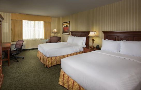 Room Hilton Chicago-Northbrook