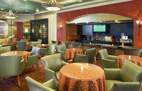Hotel-Bar DoubleTree by Hilton Fort Lee - George Washington Bridge