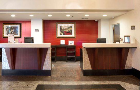 Hotelhalle DoubleTree by Hilton Fort Lee - George Washington Bridge
