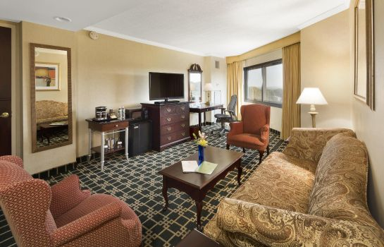 Suite DoubleTree by Hilton Fort Lee - George Washington Bridge