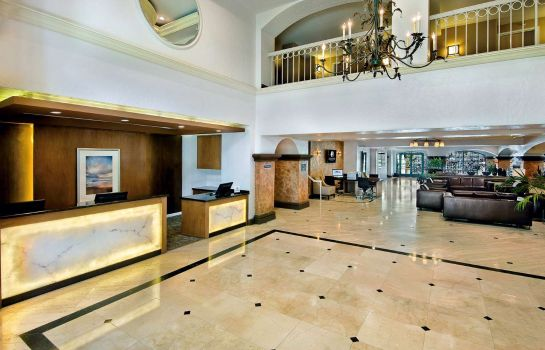 Hotelhalle DoubleTree by Hilton San Pedro - Port of Los Angeles
