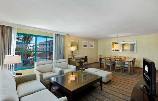 Suite DoubleTree by Hilton San Pedro - Port of Los Angeles