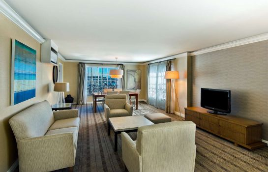 Zimmer DoubleTree by Hilton San Pedro - Port of Los Angeles