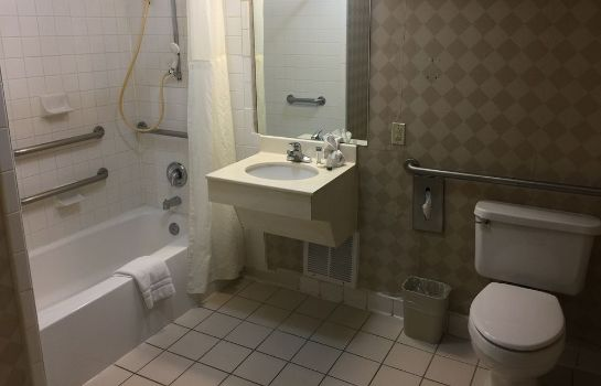 Bagno in camera Amarillo Inn & Suites