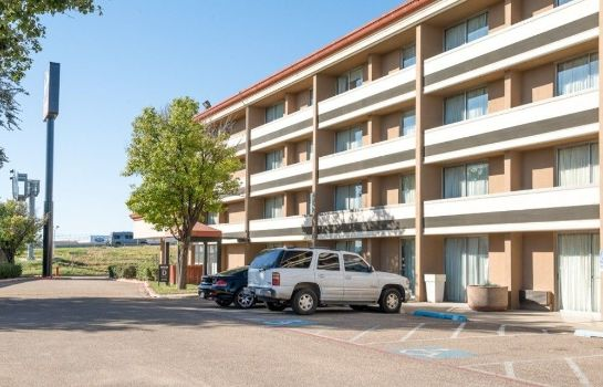 Info Amarillo Inn & Suites