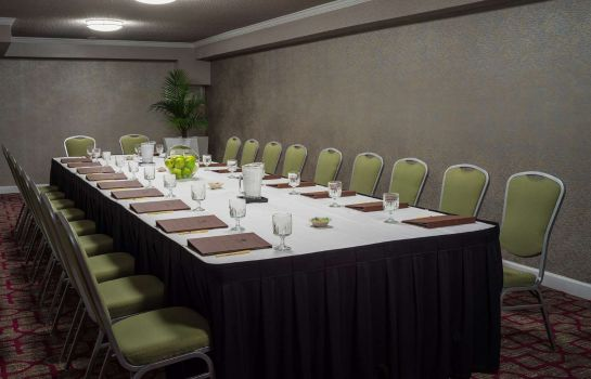 Conference room DoubleTree by Hilton Austin Northwest Arboretum