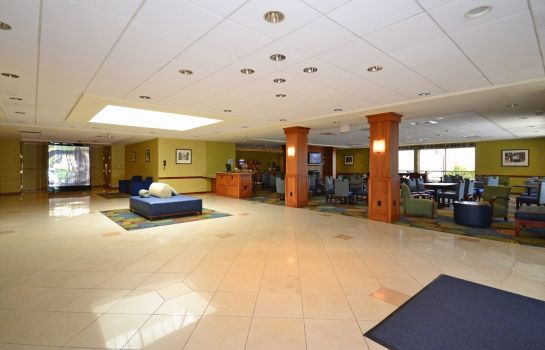 Hotelhalle Holiday Inn Express BROCKTON - BOSTON