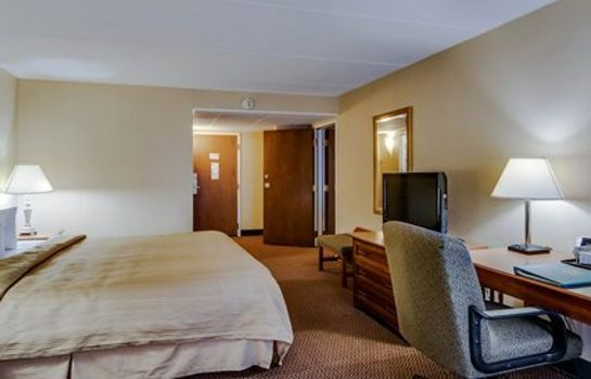 Suite Quality Hotel and Conference Center