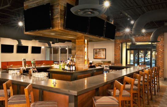 Restaurant Four Points by Sheraton Cleveland Airport