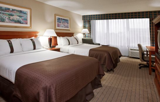 Room Four Points by Sheraton Cleveland Airport