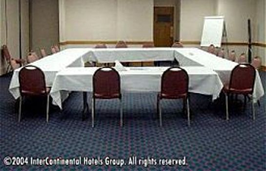 Conference room EXECUTIVE SUITES AN