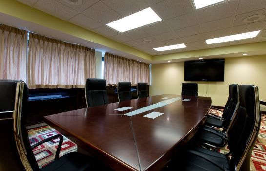 Conference room Holiday Inn CLINTON - BRIDGEWATER