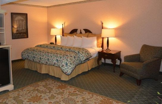Suite CHAPEL HILL UNIVERSITY INN