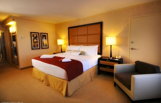 Zimmer Crowne Plaza WILMINGTON NORTH