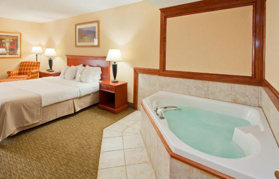 Suite DoubleTree by Hilton Decatur Riverfront