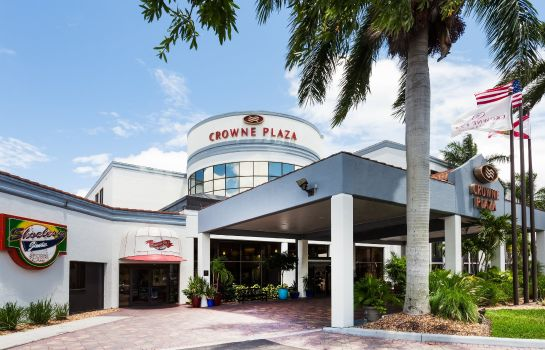 Exterior view Crowne Plaza FORT MYERS AT BELL TOWER SHOPS