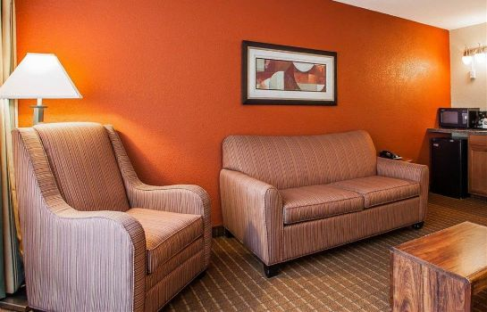 Suite Quality Inn Fort Dodge