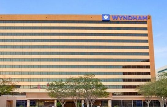 Exterior view WYNDHAM HOUSTON - MEDICAL CENT