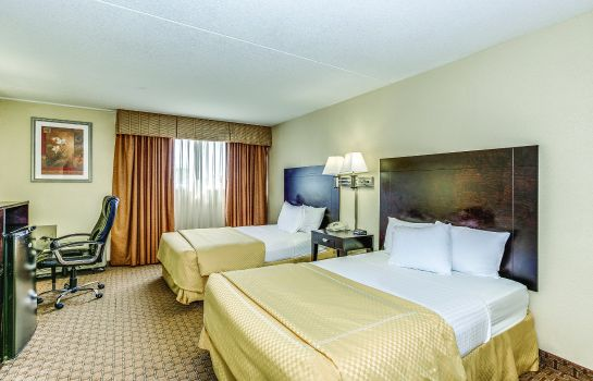 Zimmer Clarion Hotel & Suites
