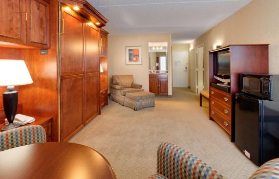 Suite Best Western Plus Kingston Hotel and Conference Center