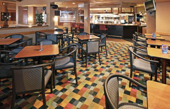 Bar hotelowy FairBridge Inn & Suites