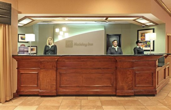 Hotelhalle FairBridge Inn & Suites