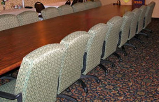 Sala konferencyjna FairBridge Inn & Suites