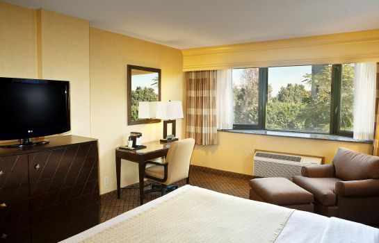Zimmer Holiday Inn LONG BEACH (DWTN AREA)