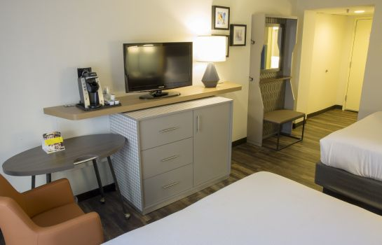 Info Holiday Inn ORLANDO-INTERNATIONAL AIRPORT