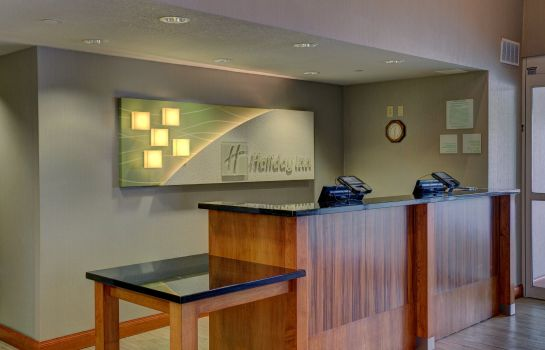 Vestíbulo del hotel Holiday Inn & Suites MILWAUKEE AIRPORT