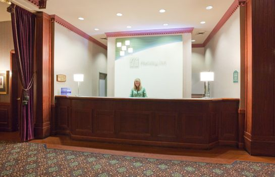 Hotelhalle Holiday Inn & Suites MADISON WEST