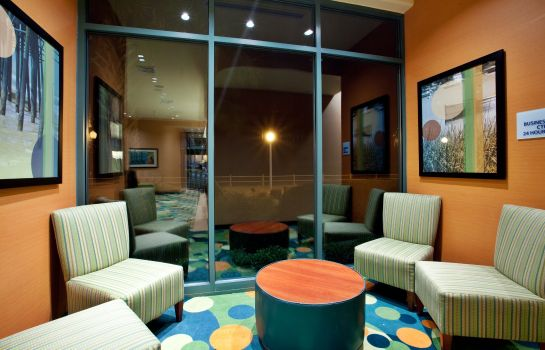 Hotelhalle Holiday Inn Express & Suites VA BEACH OCEANFRONT