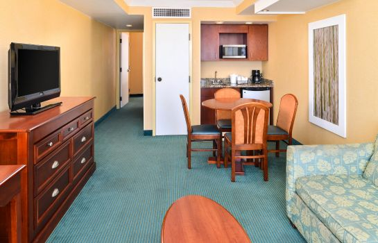 Suite Holiday Inn Express & Suites VA BEACH OCEANFRONT