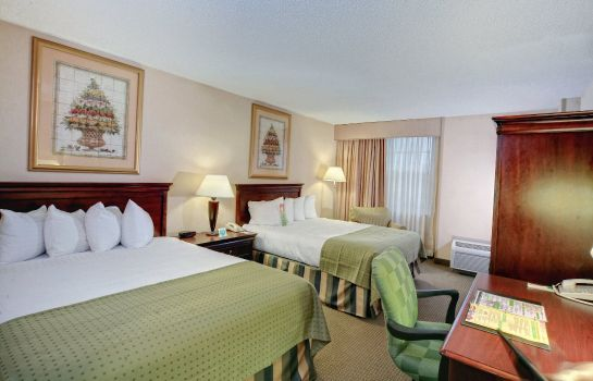 Zimmer Holiday Inn NORFOLK AIRPORT