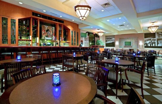 Hotel bar WYNDHAM PITTSBURG UNIVERSITY CENTER