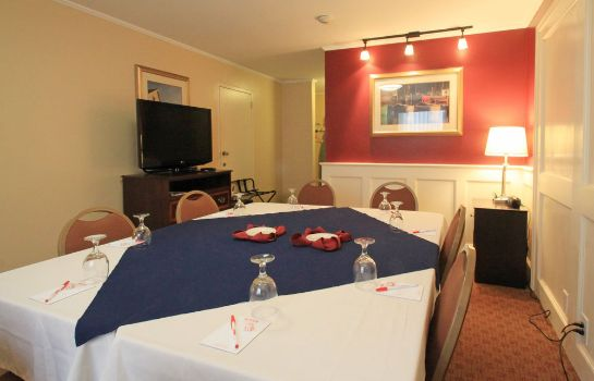 Restaurante Fireside Inn & Suites