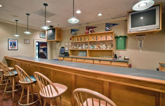 Hotel-Bar DoubleTree by Hilton Raleigh - Brownstone - University