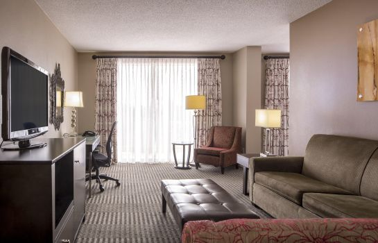 Suite DoubleTree by Hilton Raleigh - Brownstone - University
