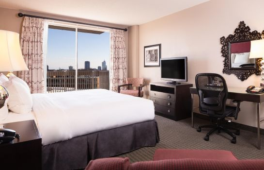 Zimmer DoubleTree by Hilton Raleigh - Brownstone - University
