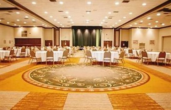 Salón de baile Fern Valley Hotel & Conference Center