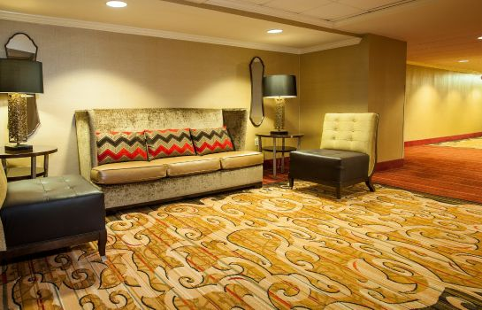Hotelhalle DoubleTree by Hilton McLean Tysons