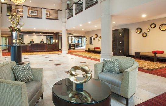 Hall DoubleTree by Hilton McLean Tysons
