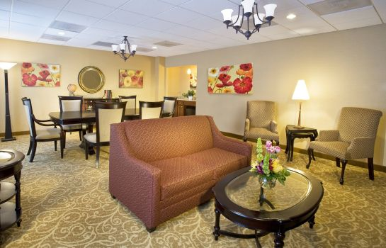 Suite DoubleTree by Hilton McLean Tysons
