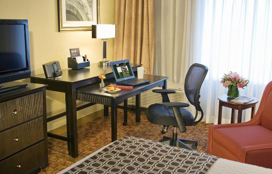 Room DoubleTree by Hilton McLean Tysons
