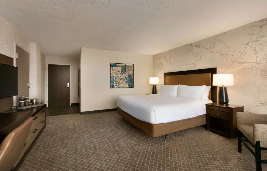 Camera DoubleTree by Hilton McLean Tysons