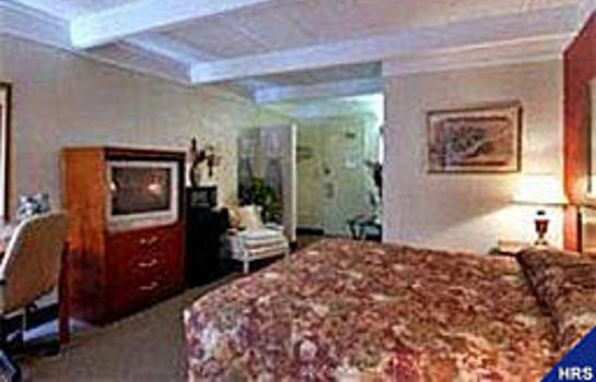 Suite Howard Johnson Inn - Macon