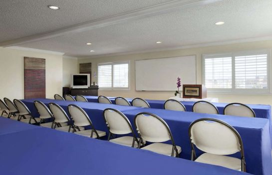 Sala de reuniones HOWARD JOHNSON SAN MATEO