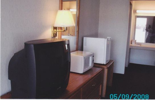 Room TRAVEL INN PERRYSBURG