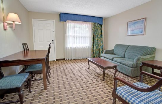 Suite HOJO LAKE FRONT PARK KISSIMMEE