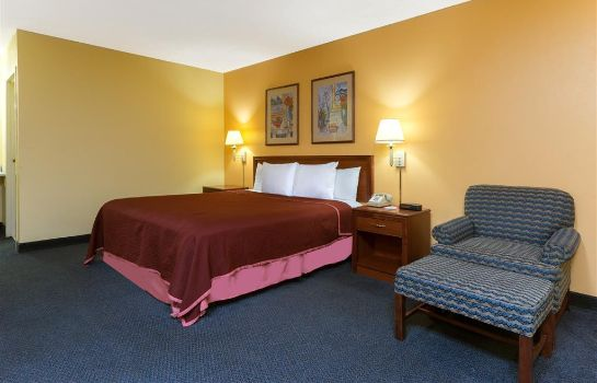 Suite HOWARD JOHNSON INN AND SUITES